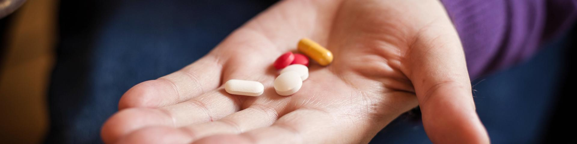 hand with medicines