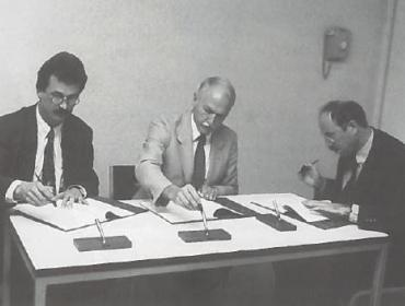 Signing WHO Centre Environment and Health 1990